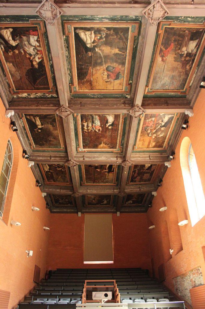 http://www.toulouse-brique.com/photos/chapelles/seilhan01.jpg