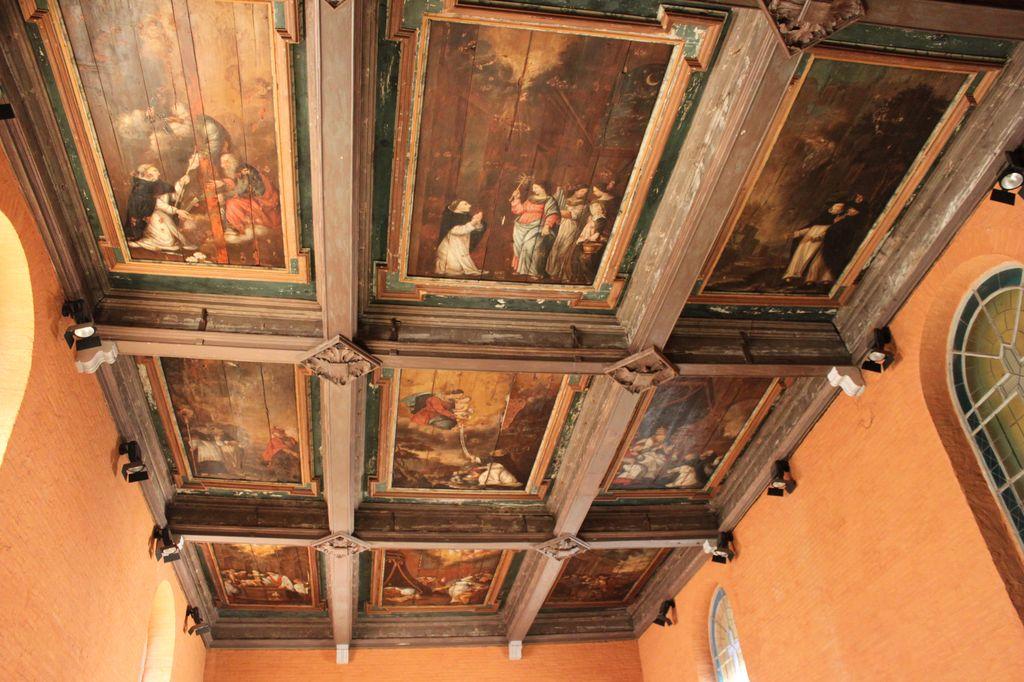 http://www.toulouse-brique.com/photos/chapelles/seilhan18.jpg