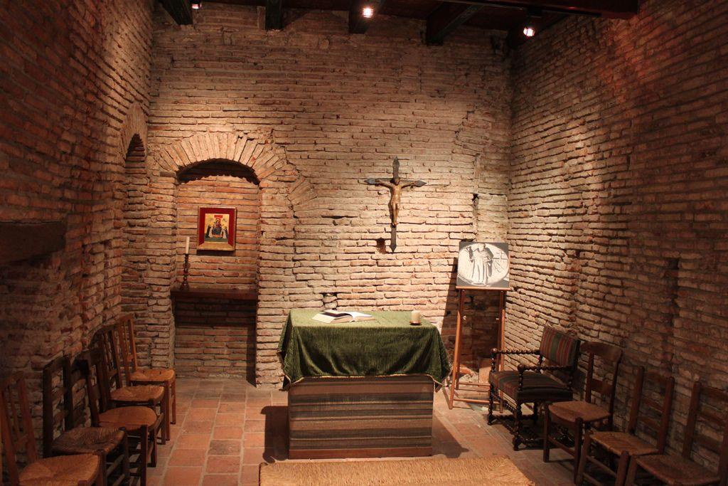 http://www.toulouse-brique.com/photos/chapelles/seilhan22.jpg