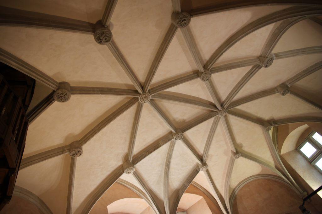 http://www.toulouse-brique.com/photos/hoteldeville/donjon%20(5).JPG