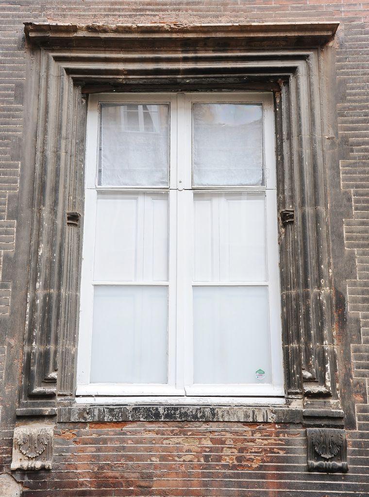 http://www.toulouse-brique.com/photos/hotels/hotels-16-parlement/Bagis-etage-0.jpg