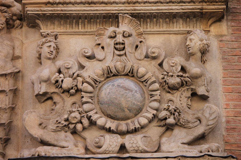 http://www.toulouse-brique.com/photos/hotels/hotels-16-parlement/felzins-3.jpg