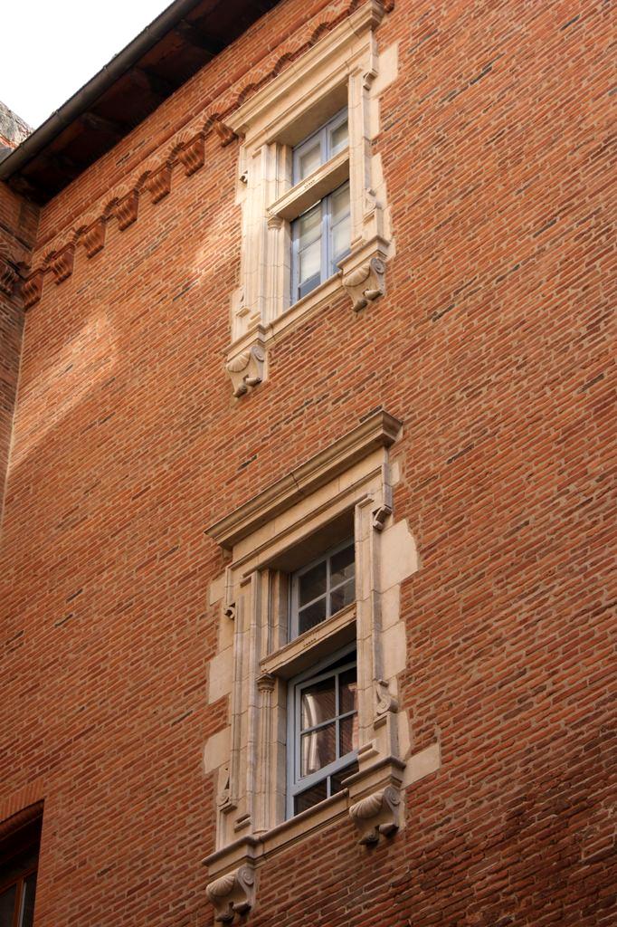 http://www.toulouse-brique.com/photos/hotels/hotels-16-parlement/mansencal-4.jpg