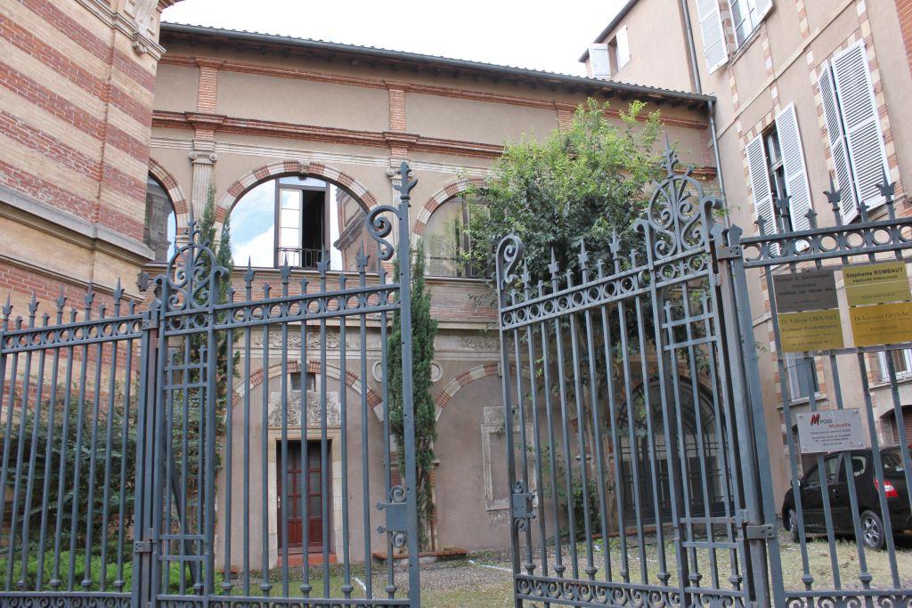 http://www.toulouse-brique.com/photos/hotels/hotels-16-parlement/potier-0.jpg