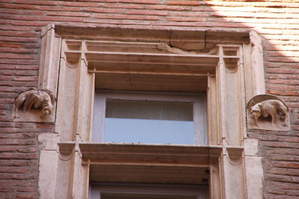 http://www.toulouse-brique.com/photos/hotels/hotels-16-pastel/boysson%20(2).JPG