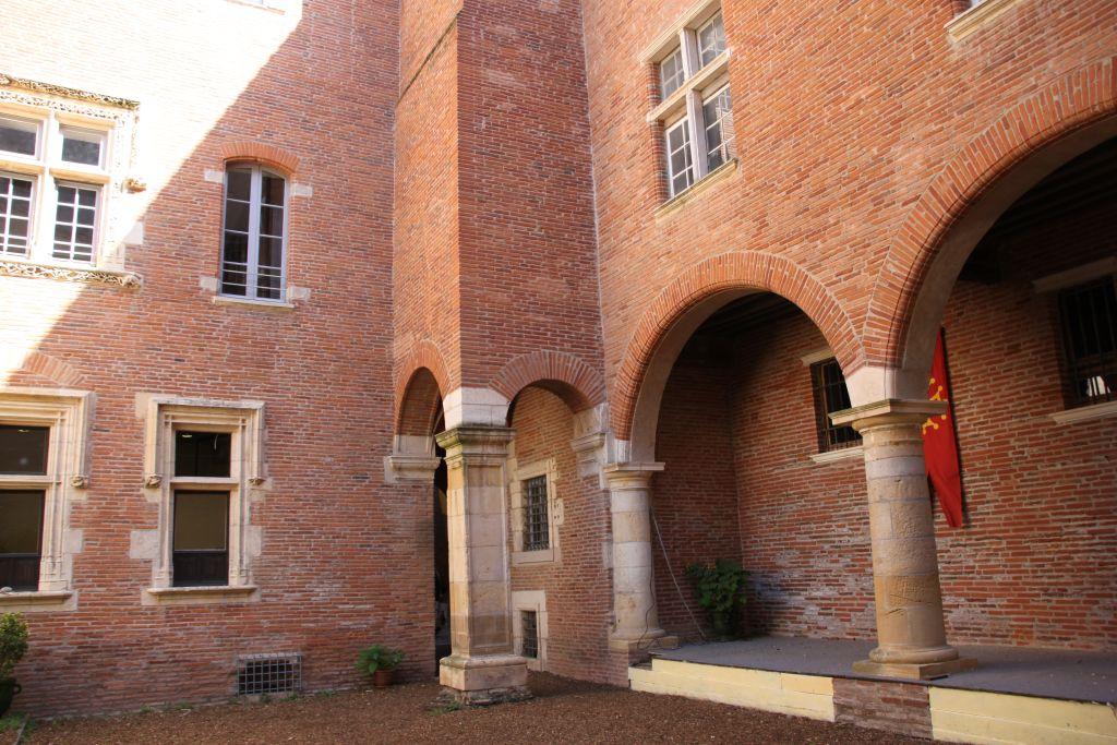 http://www.toulouse-brique.com/photos/hotels/hotels-16-pastel/boysson-6.jpg