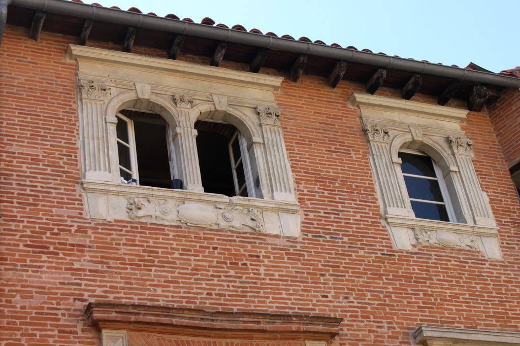 http://www.toulouse-brique.com/photos/hotels/hotels-16-pastel/medicis-2.jpg