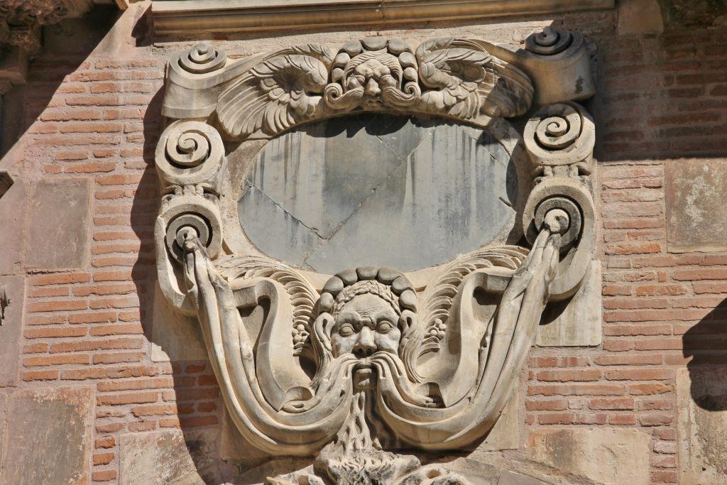 http://www.toulouse-brique.com/photos/hotels/hotels-autres-3/pierre-19.jpg