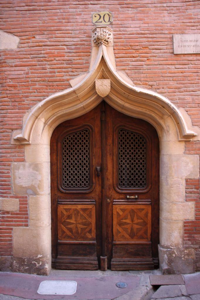 http://www.toulouse-brique.com/photos/hotels/hotels-autres/delfau-1.jpg