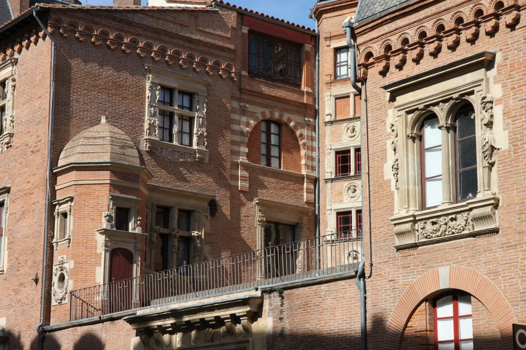https://www.toulouse-brique.com/photos/hotels/vieux_raisin/vieux-raisin-2016%20(7).JPG